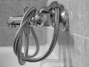 Surrey Quays shower repairs
